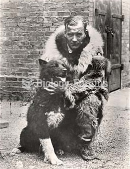 Gunnar Kaasen and Balto, the lead dog on the last relay team of the 1925 serum run to Nome.